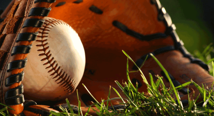 Baseball-Glove-in-Grass